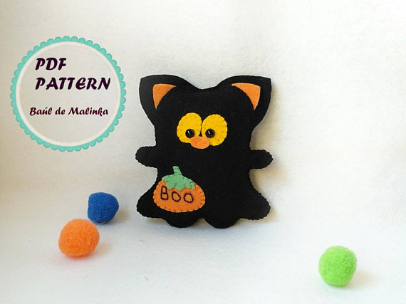 Felt black cat ornament