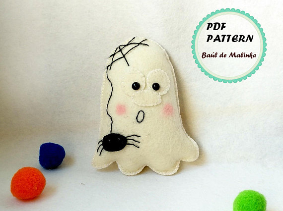 Halloween felt ghost ornament