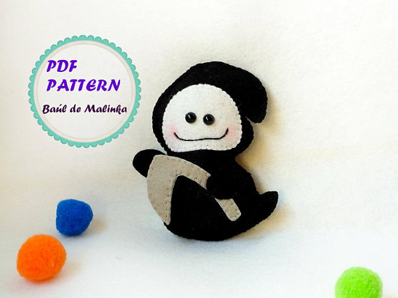 Halloween ghost ornament felt death pattern