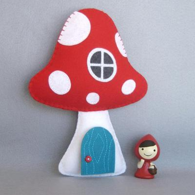 Toadstool Tooth Fairy Pillow