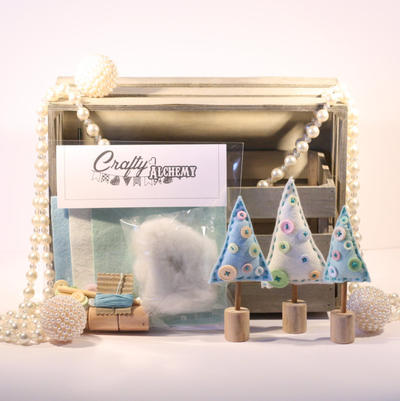 Christmas Tree Sewing Kit - Pastel Blue, Peppermint & Cream