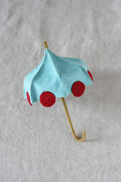 Felt Umbrella PDF pattern