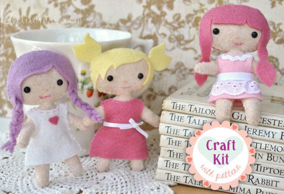 Costurero de muñeca DIY - Hacer tus propias Mini muñecas de fieltro Craft Kit