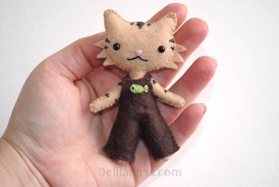 Kawaii Doll Printable PDF Doll Sewing Pattern - Mini Felt Cat Doll - Stuffed Cat Figure