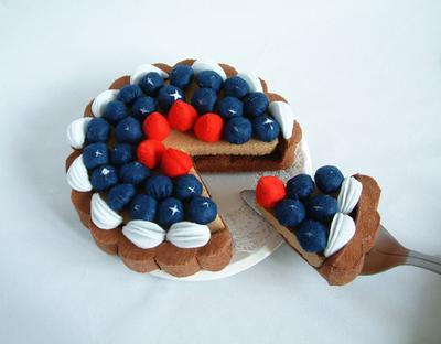 DIY felt blueberry tart