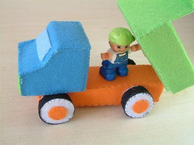 DIY Felt Construction truck set (dump truck,cement mixer,road roller)