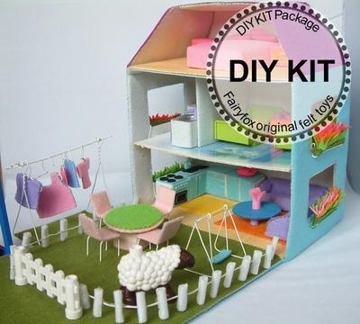 DIY felt Dollhouse and furnitures KIT - Kit Casa de muñecas de fieltro