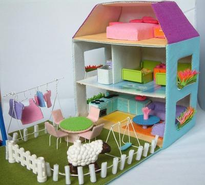 Felt Doll house,courtyard,furniture Bundle set - Patrón Casita de Fieltro