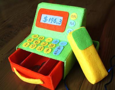 Felt toys pattern Pos machine - Caja Registradora