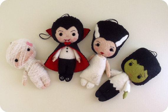 Ornaments- Dracula, Frankenstein, Bride, Mummy pdf Patterns - Instant Download