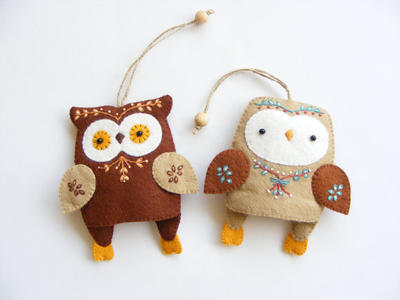 Owl key rings - Two felt owls key rings