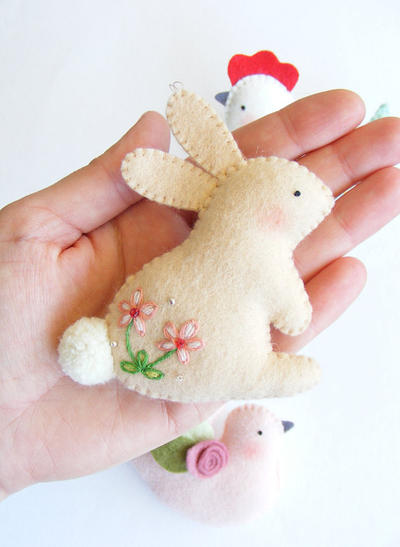 PDF pattern - Easter ornaments - Bunny felt ornament