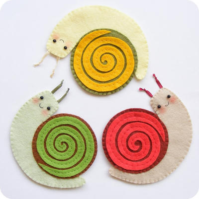 PDF pattern - Funny felt snail coasters