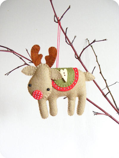 Rudolph the red-nosed reindeer. Felt Christmas tree ornament