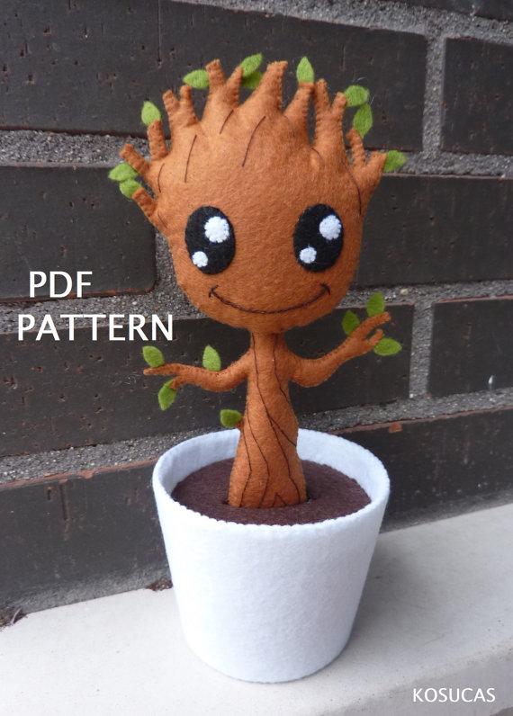 Patrón PDF para hacer un fieltro Groot.