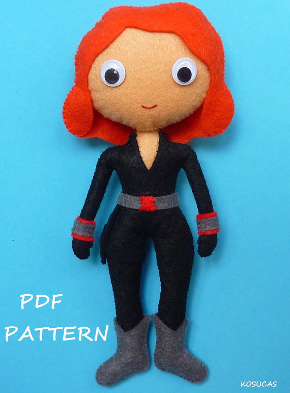 PDF pattern to make a felt Black Widow