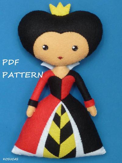 PDF pattern to make a felt Heart Queen