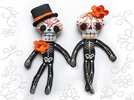 Day of the Dead Plush Sewing Pattern for Felt Calaveras Skeleton dolls, Sugar Skull, Dia de los Muertos.