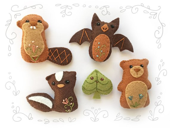 Woodland Creatures set 4 Felt Animals Sewing Pattern. Bear, Skunk and Beaver