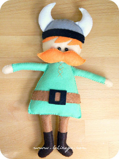 Felt Mr. Vikingo. Felt Plush