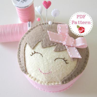 Miss Molly Felt Pin Cushion Pattern