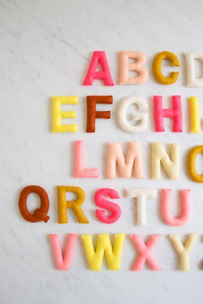 Hand Sewn Felt Alphabet - Alfabeto de Fieltro