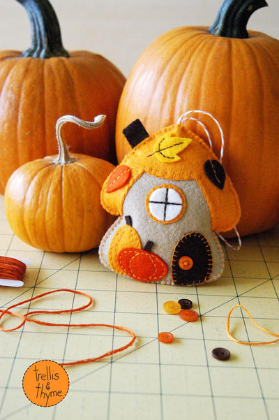 PDF Pattern - November Gnome Cottage Pattern