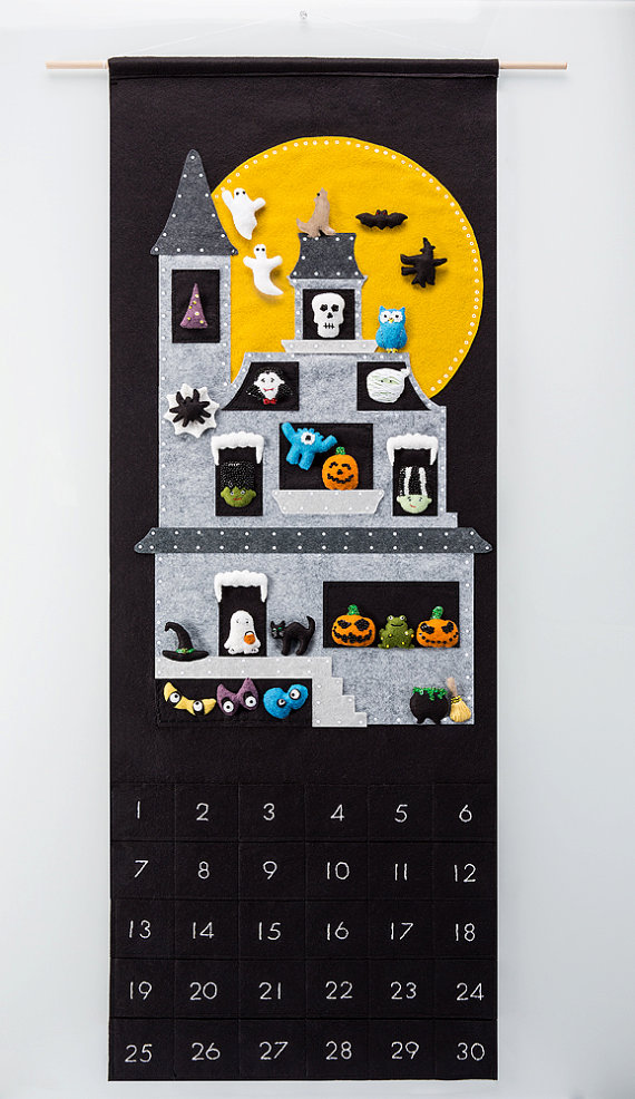 Halloween Countdown - Haunted Moonlit 'Monster House' + 30 Magnetic Spooky Ornaments