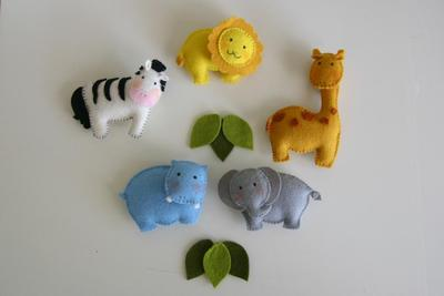 Safari baby mobile jungle felt
